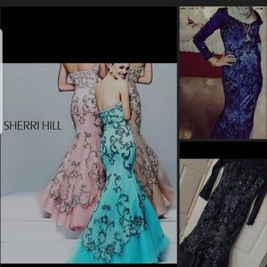 Mermaid style, navy sherri hill dress